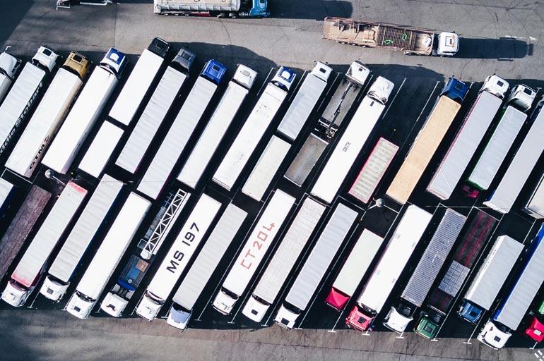 Gerenciar frota de caminhões: 6 dicas de sucesso